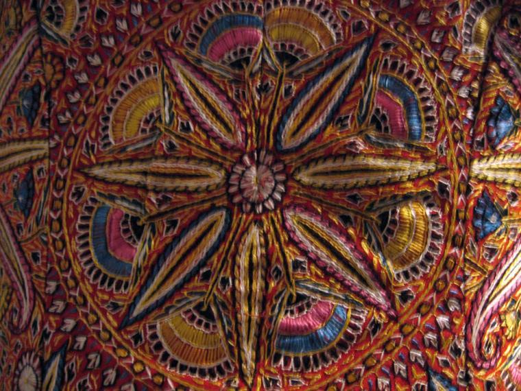 Объемная вышивка индии 26
